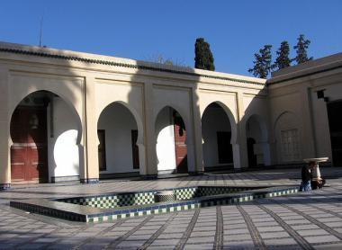 Muzeum v paláci Dar Batha, město Fès